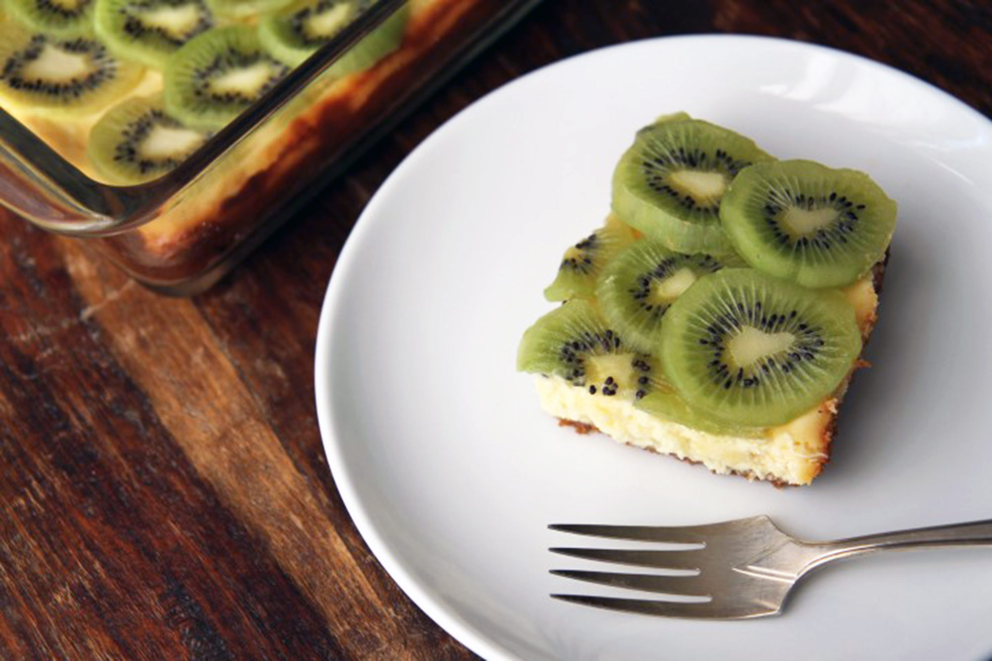 Lemon and Kiwi Cheesecake Bars