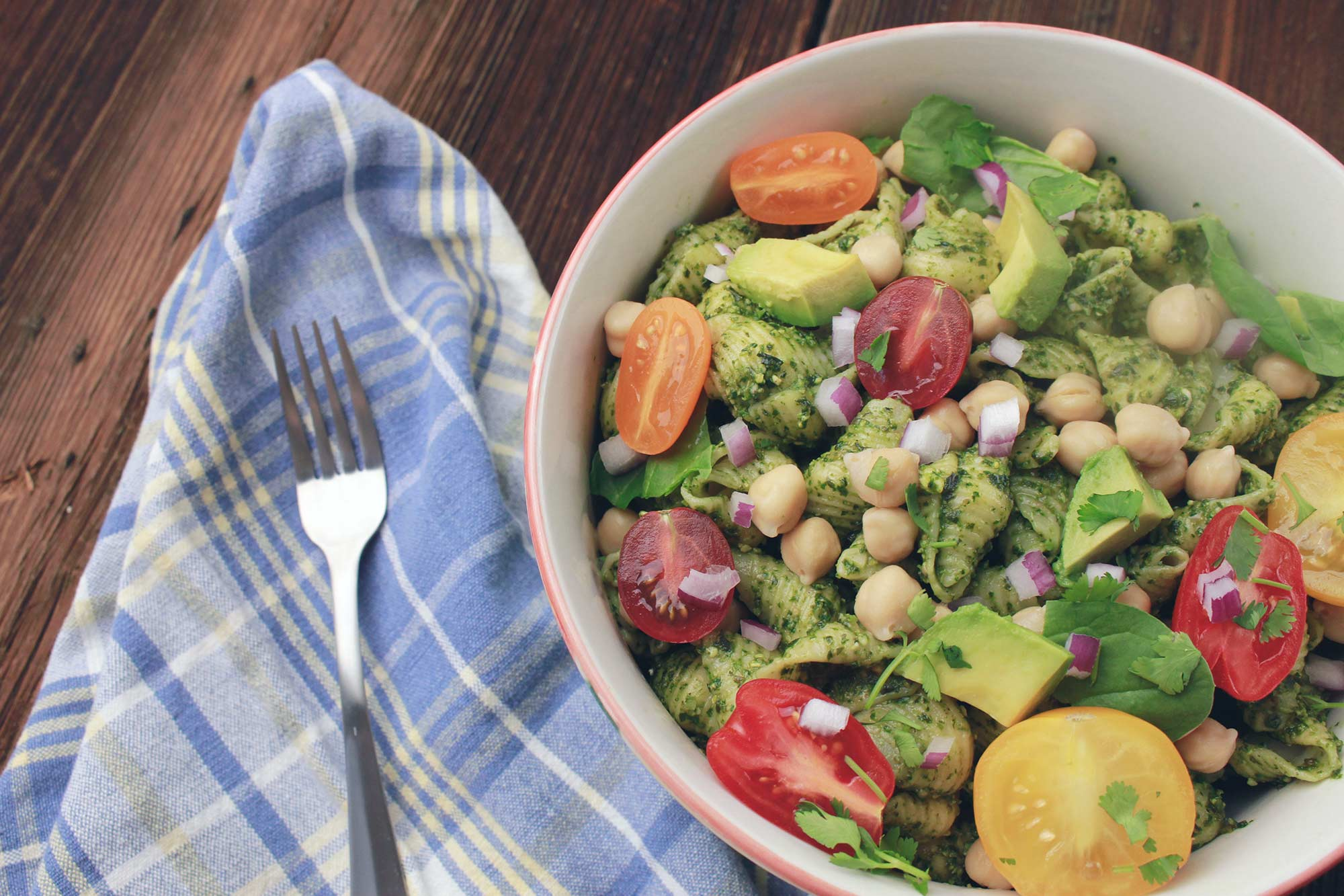 Pesto Pasta Salad with Cherry Tomatoes, Avocado & Chickpeas